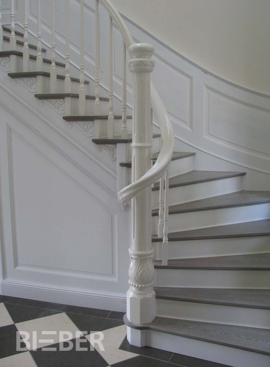 Viertel gewendelte treppen tischlerei treppenbau gunter for Holztreppe grau lackieren