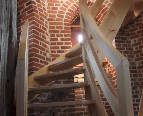 Kirche Altkünkendorf, Treppe im Kirchturm - Bauphase